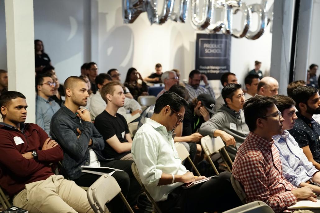 Menschen bei Networking Event